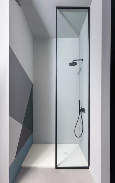 Piatto doccia rettangolare in ceramica in stile moderno su for Piatto doccia cielo