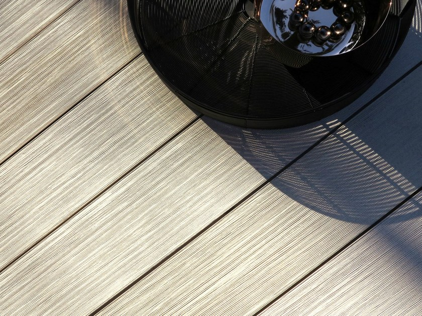 WPC decking PLEXIGLAS®Wood – MYDECK®Colour SPACE by MYDECK®