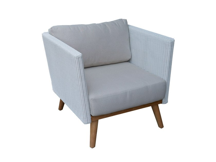 Armchair POB 23141 - SKYLINE design