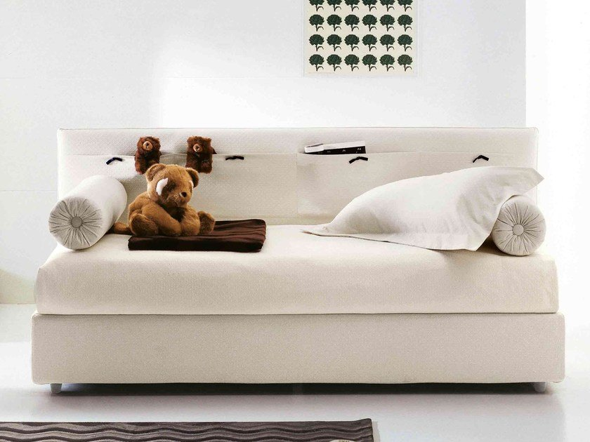 Storage bed with removable cover PONGO by Bonaldo