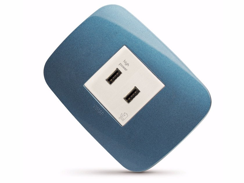 2-Module electrical outlet with USB Presa USB a 2 moduli by VIMAR