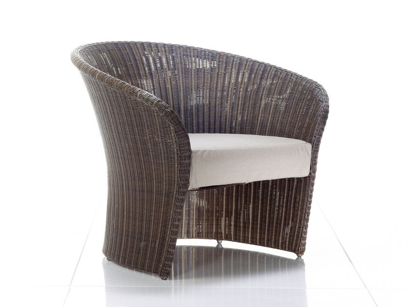 Garden armchair with armrests PRIMADONNA | Easy chair - solpuri