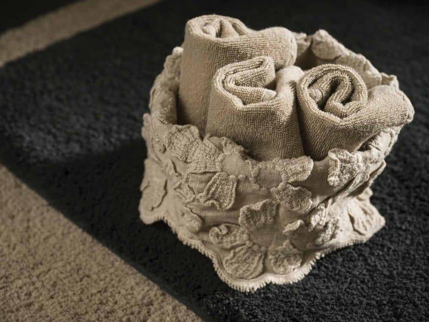 Asciugamano in lino PRIMULA | Asciugamano - LA FABBRICA DEL LINO by Bergianti & Pagliani