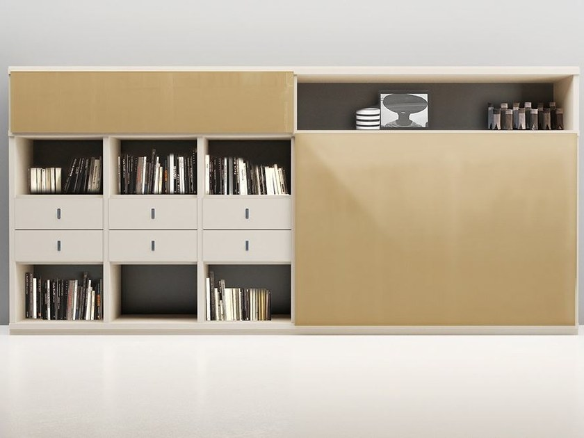 Lacquered storage wall LALTROGIORNO 861 by TUMIDEI
