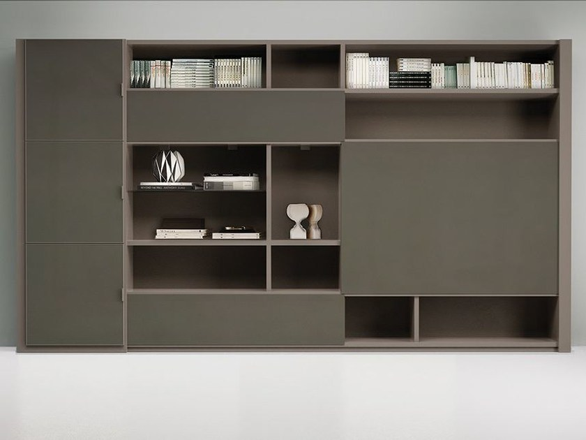 Lacquered storage wall LALTROGIORNO 865 by TUMIDEI