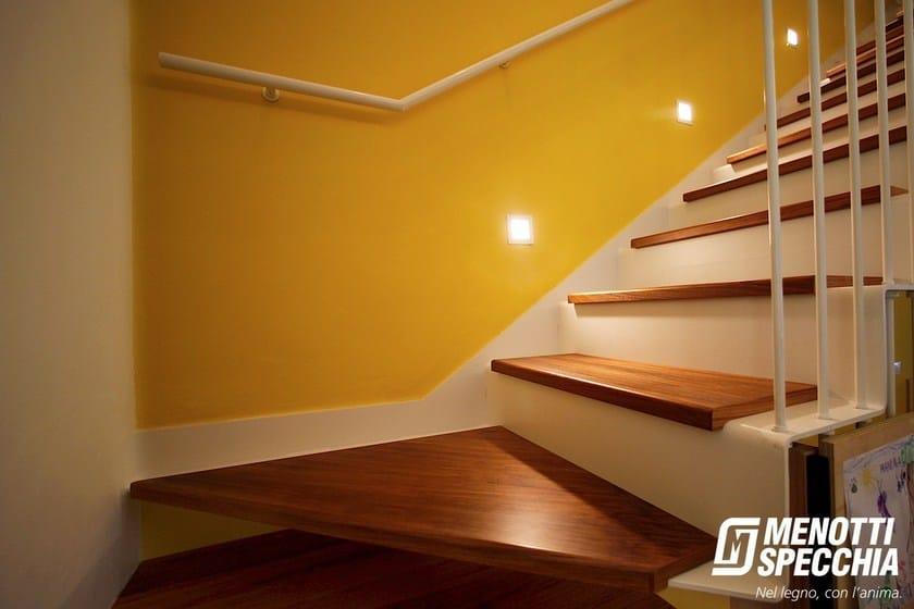 rev tement d 39 escalier en bois t way collection stairway by menotti specchia. Black Bedroom Furniture Sets. Home Design Ideas