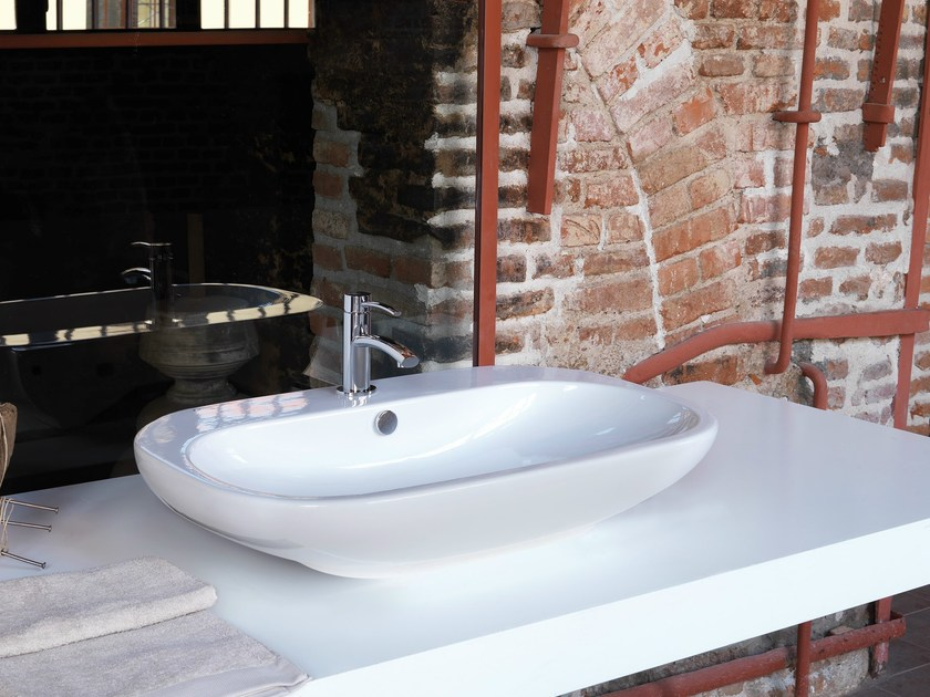 Countertop single handle 1 hole washbasin mixer EL-X | Washbasin mixer by newform