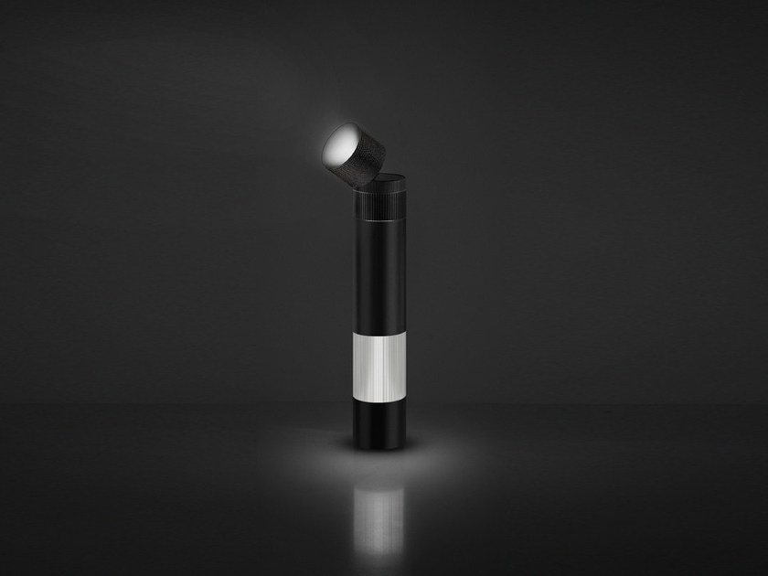 LED direct-indirect light table lamp OBJECTIVE | Table lamp - Artemide