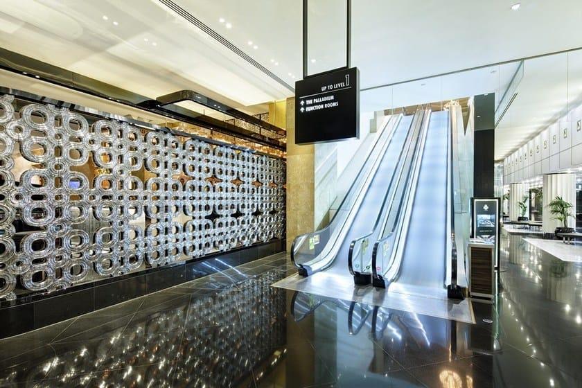 Crystal Wall LASVIT CRYSTAL WALL By Lasvit Design Koncern