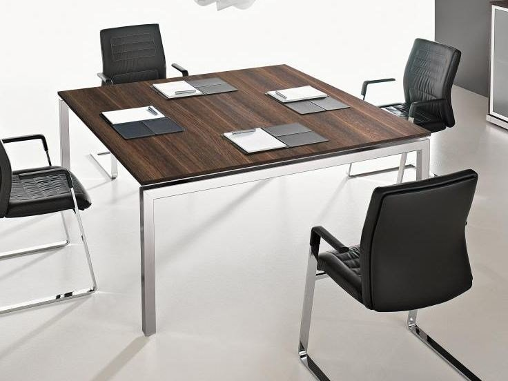Square meeting table EOS | Square meeting table - Las Mobili