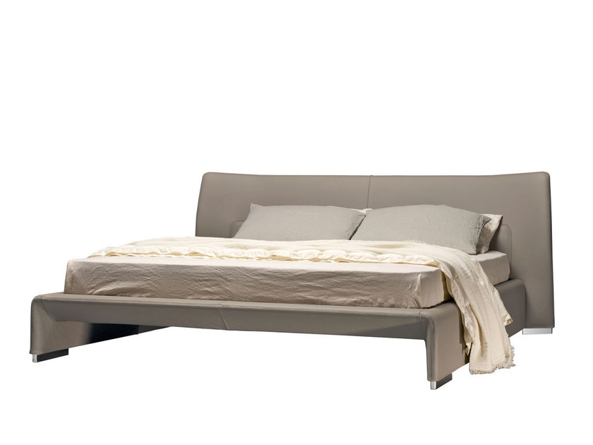 Double bed GLOVE | Bed - MOLTENI & C.