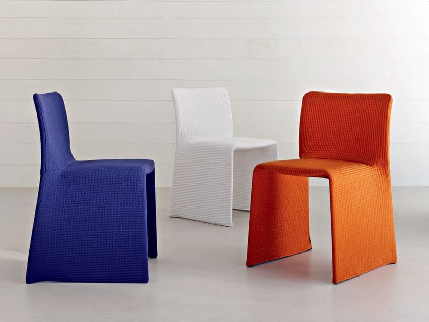 glove chaise by molteni c design patricia urquiola. Black Bedroom Furniture Sets. Home Design Ideas