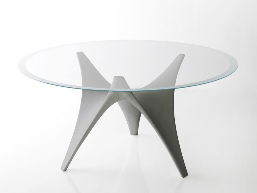 Tavolo rotondo in vetro arc tavolo rotondo molteni c for Tavolo rotondo vetro