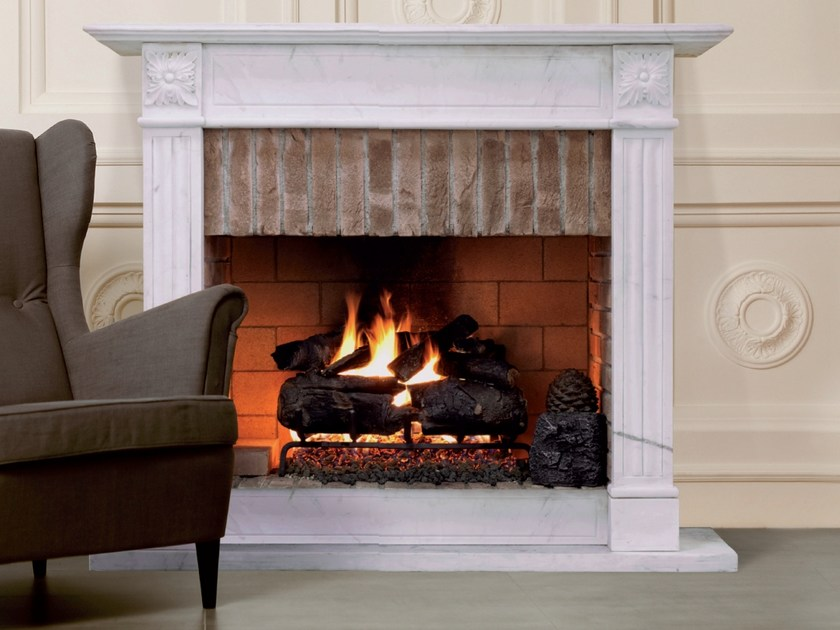 Gas wall-mounted fireplace REAL FIRE by BRITISH FIRES