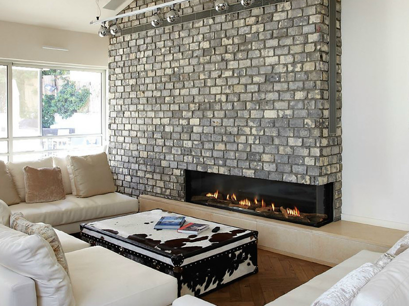 Gas built-in fireplace VISTA 130 by BRITISH FIRES