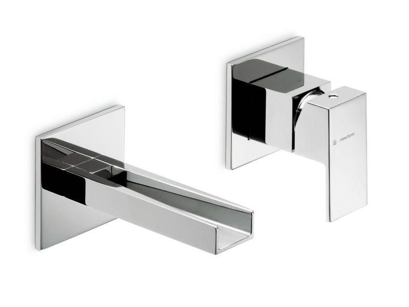 2 hole wall-mounted single handle washbasin mixer ERGO OPEN | 2 hole washbasin mixer - NEWFORM