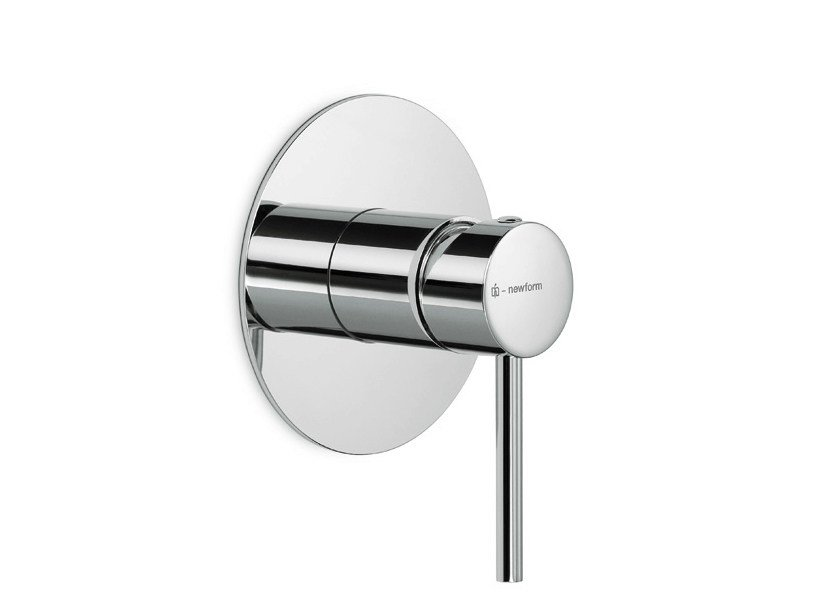 Single handle shower mixer with plate XT | Shower mixer by newform