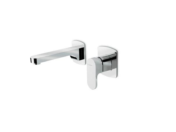 2 hole wall-mounted single handle washbasin mixer X-LIGHT | Wall-mounted washbasin mixer by newform
