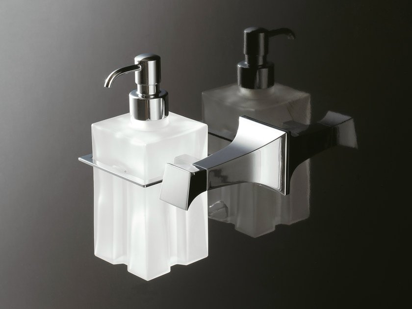 Wall-mounted liquid soap dispenser 8000 | Liquid soap dispenser - Rubinetterie 3M