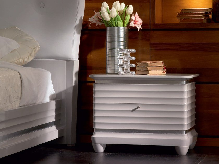 Lacquered solid wood bedside table with drawers ELETTRA NIGHT | Lacquered bedside table - Cantiero