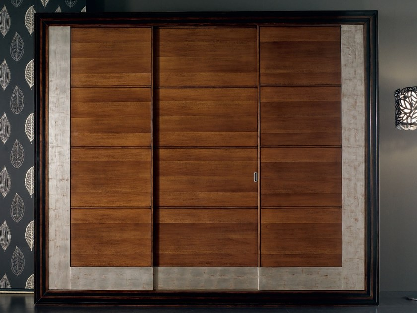 Solid wood wardrobe with sliding doors ÉTOILE NIGHT | Wardrobe by Cantiero