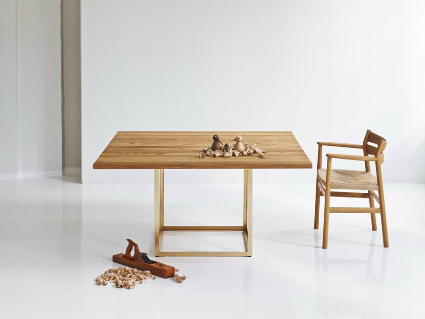 Extending square oak table JEWEL TABLE | Square table by dk3