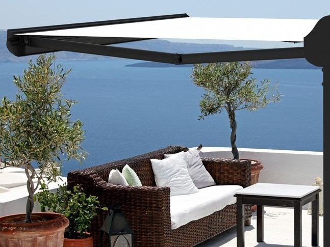 Freestanding Folding arm awning OMBRALSUN by KE Outdoor Design