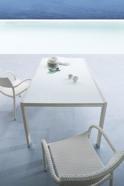 Papaya tavolo da giardino in alluminio e vetro by - Tavolo da giardino rattan ...