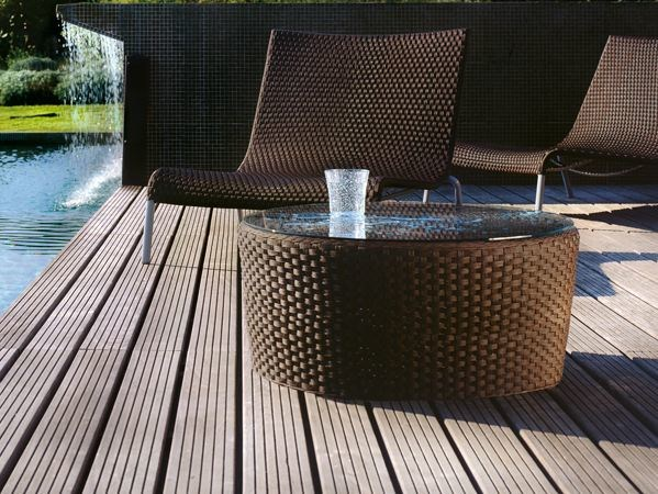 Low Round glass and aluminium garden side table SAINT TROPEZ | Round garden side table - Roberti Rattan