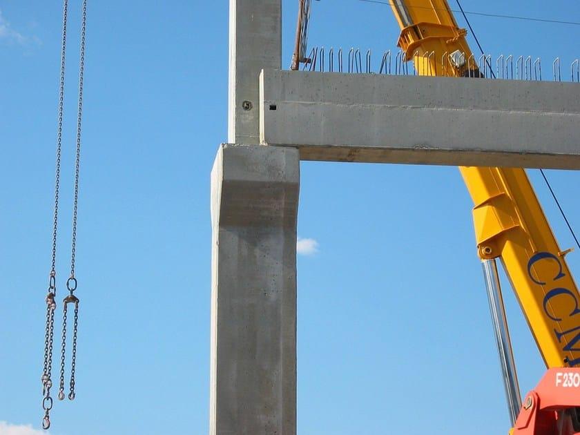 Pilastri in cemento armato prefabbricati