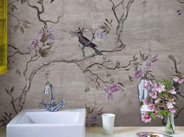 Bathroom wallpaper with floral pattern HANAMACHI by Wall&decò