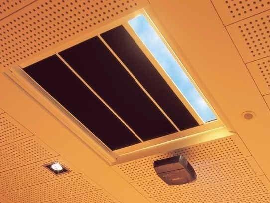 Tenda per finestre da tetto a rullo rollbox mottura sistemi