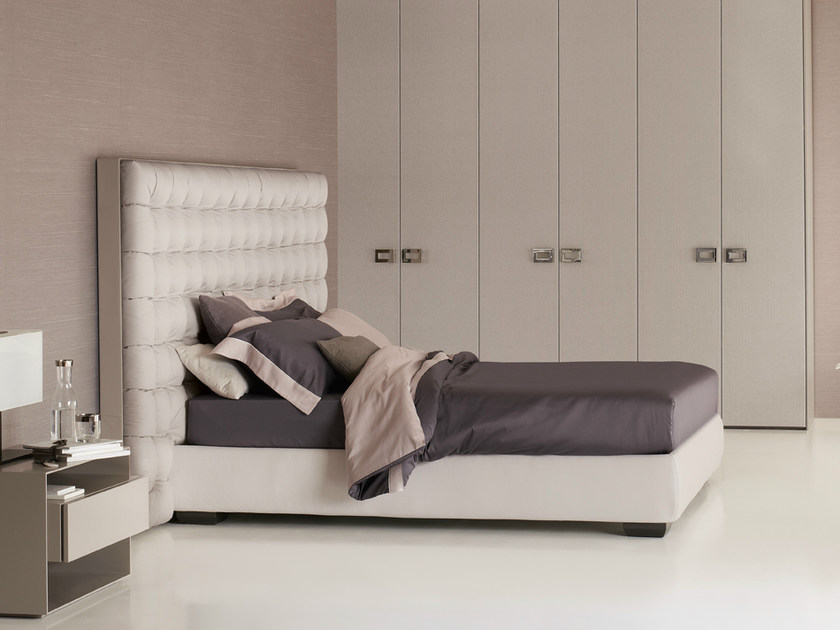 Double bed with high headboard SANYA | Bed with high headboard - Flou