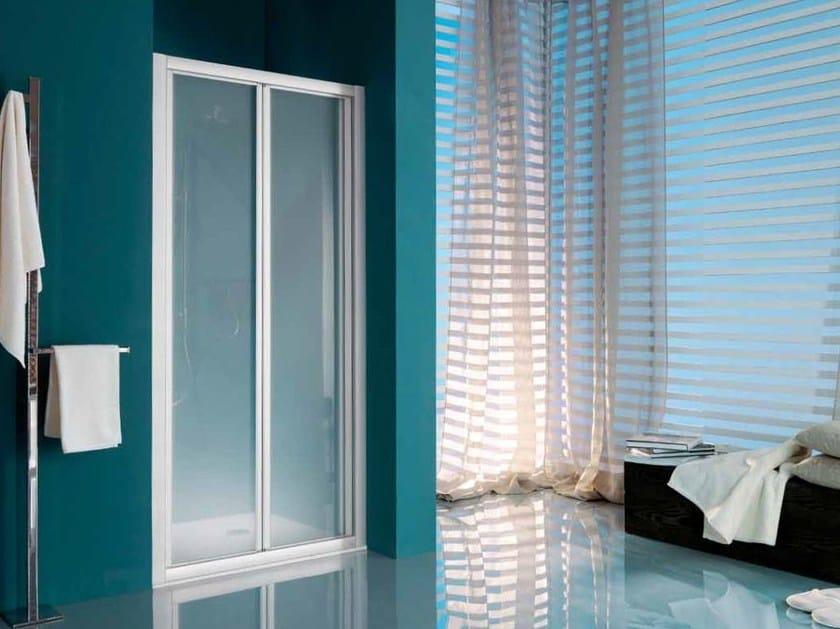 Cabinas De Ducha Oasis:Cabina de ducha en nicho con plato con puertas plegables AMERICA UP