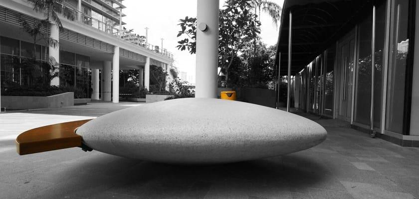 Panchina in pietra ricostruita moonstone metalco for Metalco arredo urbano