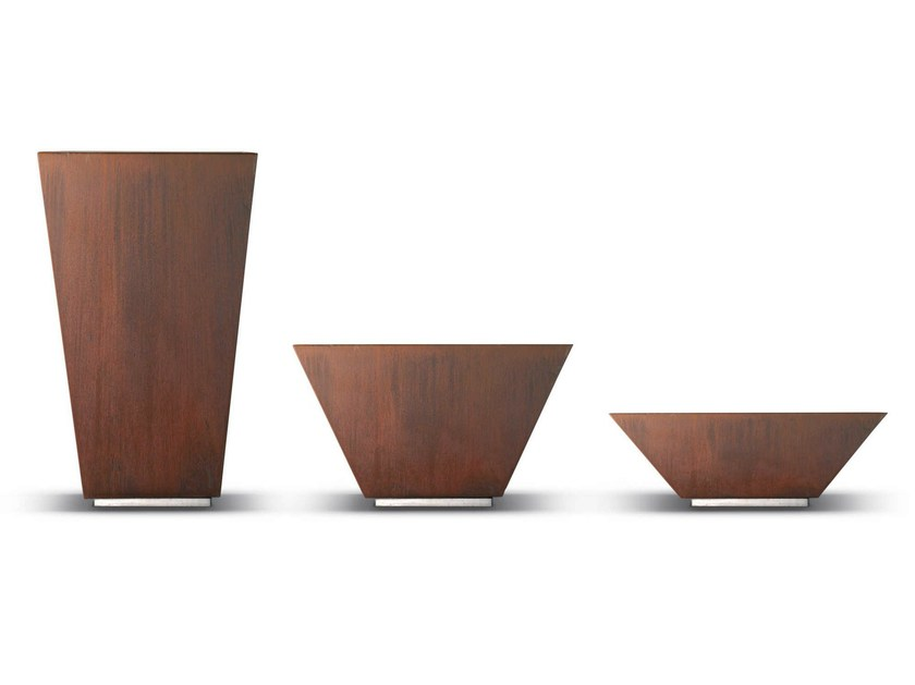Corten™ Flower pot LOUNGE | Flower pot by Metalco