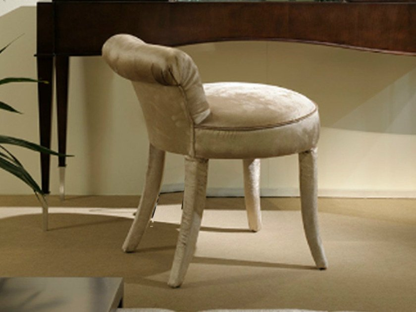 Classic style upholstered stool ART DECO MILANO | Stool by Transition by Casali