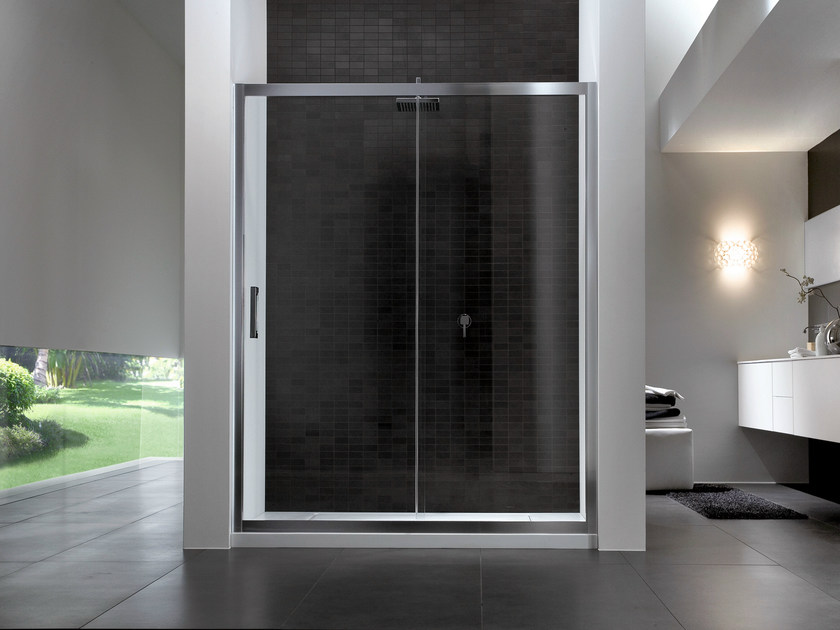 Rectangular glass shower cabin QUADRO | Shower cabin with sliding door - IdeaGroup