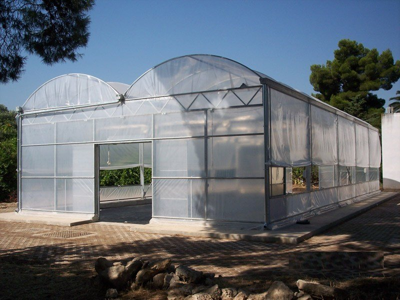 Steel Greenhouse Greenhouse by SO.C.E.T.