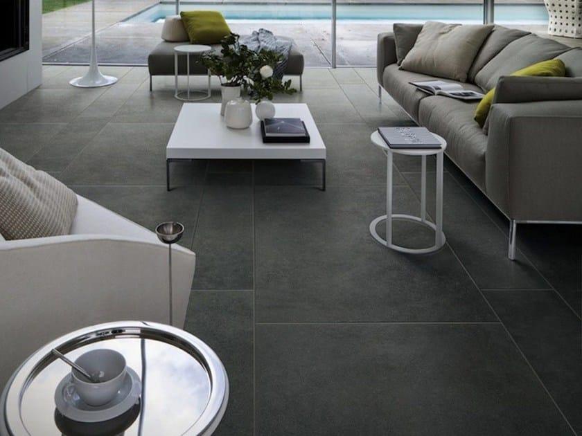 bodenbelag aus ganzk rper feinsteinzeug mit beton effekt. Black Bedroom Furniture Sets. Home Design Ideas