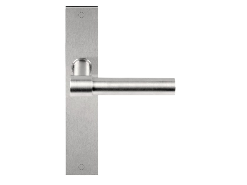 Stainless steel door handle on back plate ONE | Door handle on back plate by Formani
