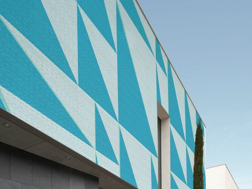 Geometric outdoor wallpaper TRI_ANGLE by Wall&decò