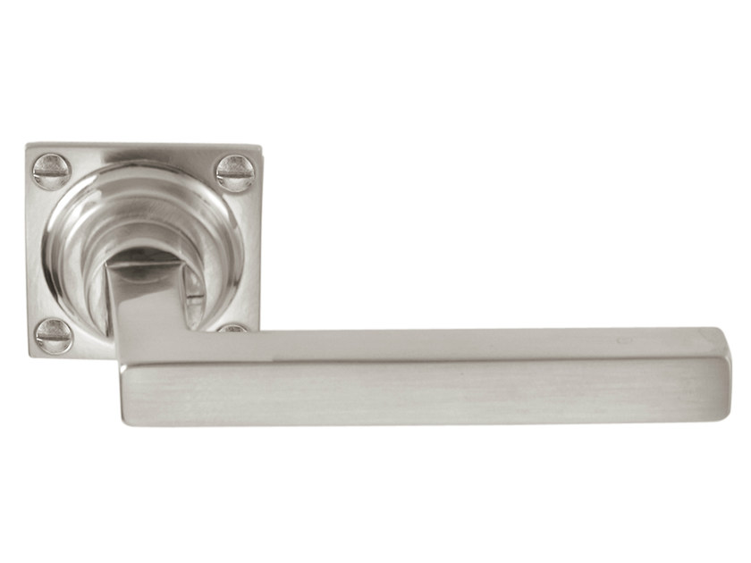 Nickel door handle on rose TIMELESS 1936 | Door handle - Formani Holland B.V.