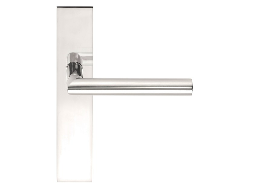 Stainless steel door handle on back plate BASIC | Door handle on back plate - Formani Holland B.V.
