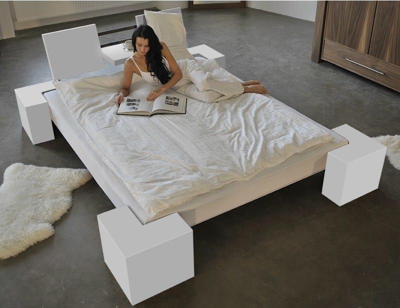 Double bed 319 | Bed by Wissmann raumobjekte