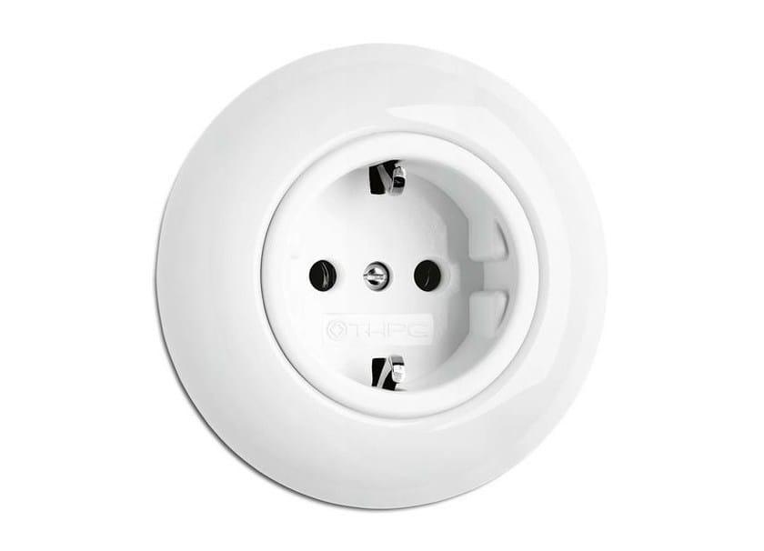 Single porcelain electrical outlet 173067   Outlet porcelain - THPG