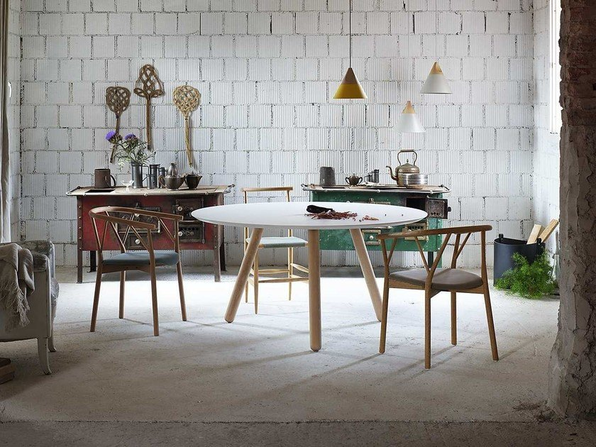 Lacquered round MDF table PIXIE | Round table by Miniforms