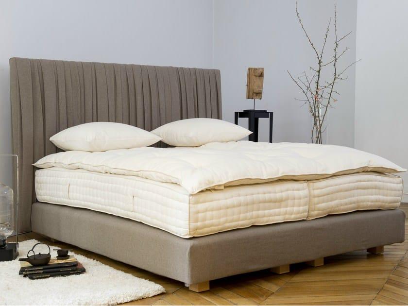 letto imbottito matrimoniale traveller by le lit national. Black Bedroom Furniture Sets. Home Design Ideas
