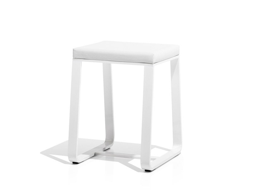 Sled base garden stool SIT | Low stool - Bivaq
