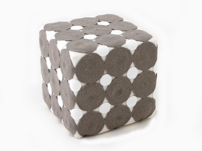 Technical fabric pouf with removable lining RITUAL | Pouf by Darono